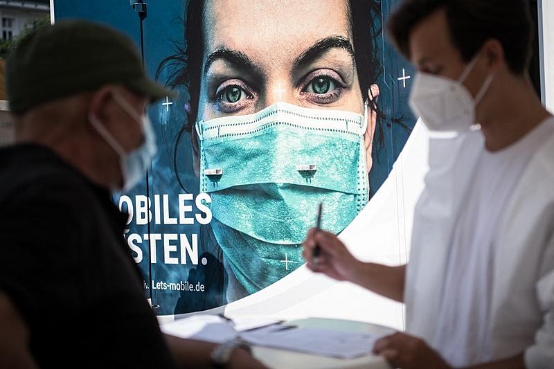 Segundo o Ministério da Saúde, ao menos 97 casos de infecção pela variante delta já foram notificados no país