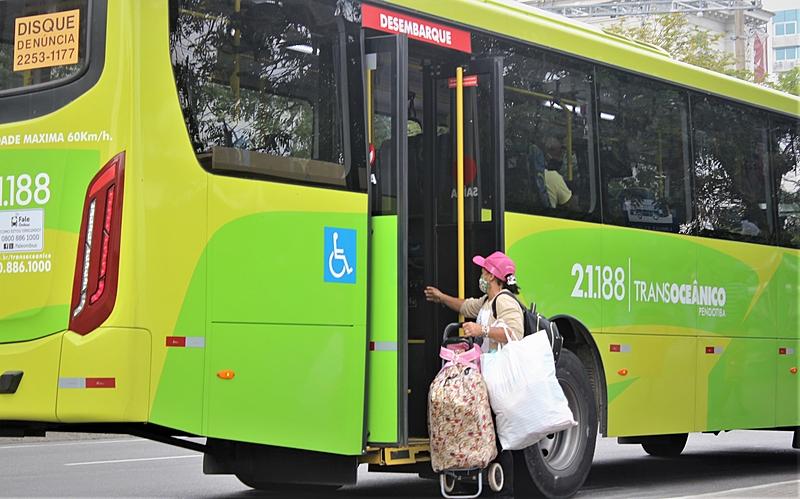 ônibus greve
