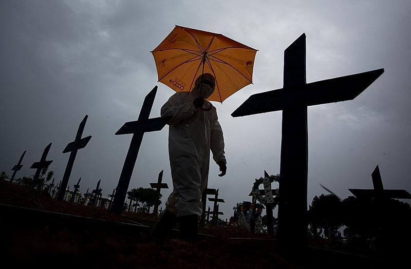 En las últimas 24 horas, en Brasil se registraron 778 decesos a causa del coronavirus