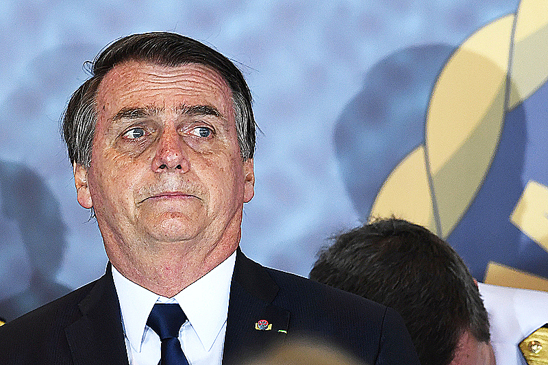 Bolsonaro faces discomfort even from the right.